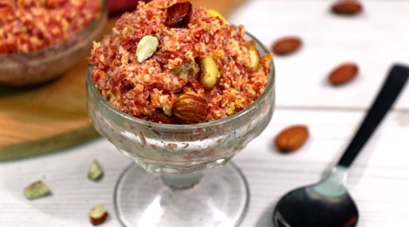 gajar-ka-halwa-on-serving-glass