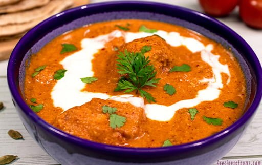 butter-chicken-or-murgh-makhani-in-blue-colour-bowl