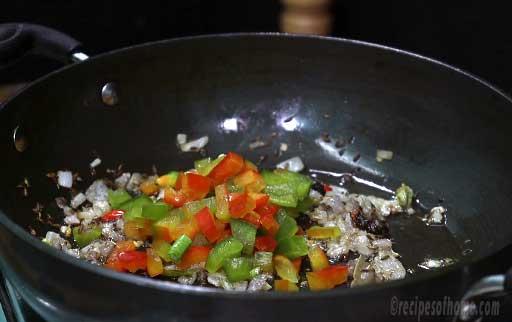 add-chopped-capsicum