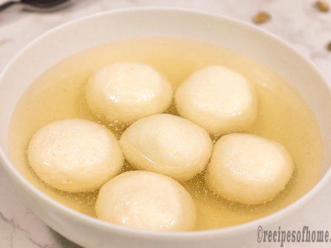 white-bengali-rasgulla-recipe-serving-on-white-bowl