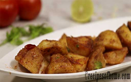 plate masala aloo on serving plate