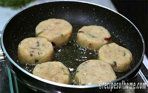 fry aloo tikki in low flame