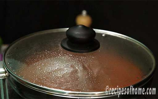 simmer gravy in low flame